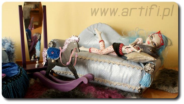 satz bett 36cm sofa 1 6 f r puppenhaus neu puppen 30cm wie monster ebay. Black Bedroom Furniture Sets. Home Design Ideas